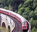 class 1016 on the Schwarza Viaduct